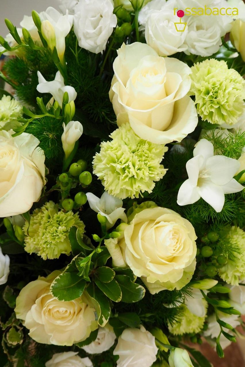Matrimonio In Bianco : Matrimonio in bianco verde con dettagli d edera rossabacca